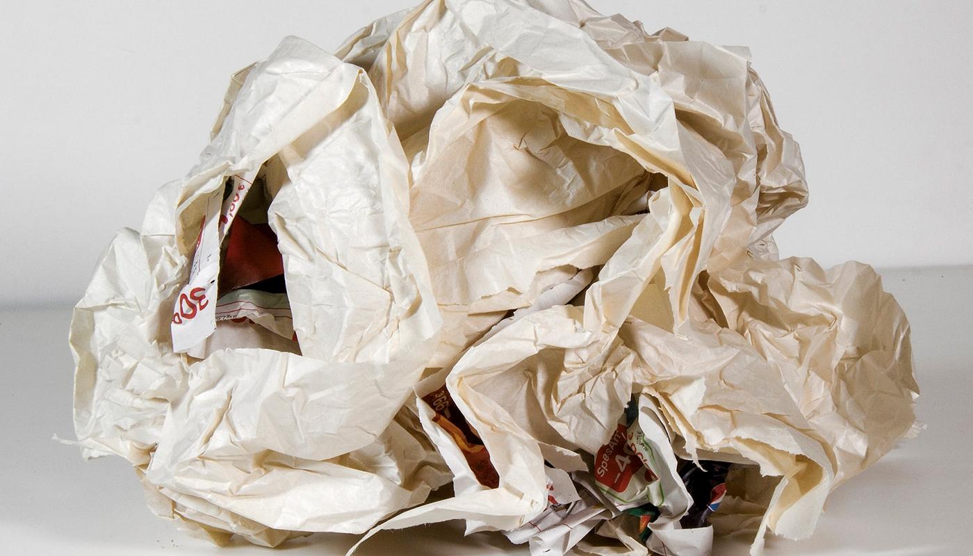 Guerra de pelotas de papel. Actividad ELE